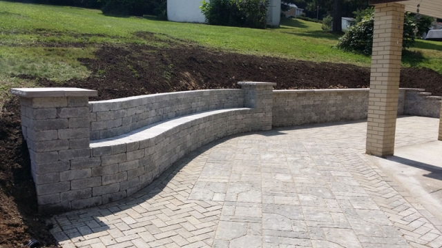 Pittsburgh Retaining Wall Contractors